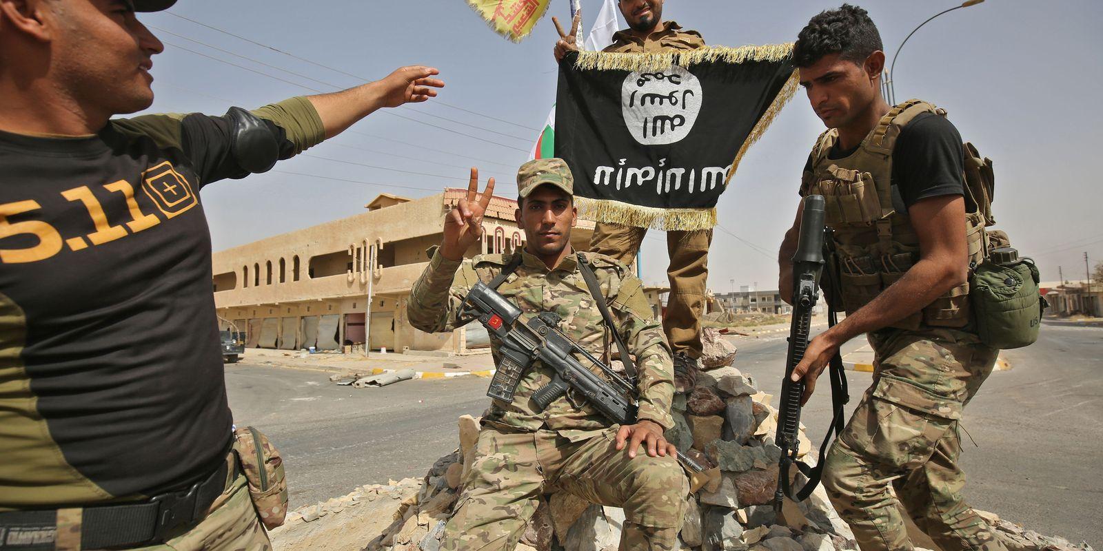 Khamenei says Iran, Turkey must take measures against Kurdish secession