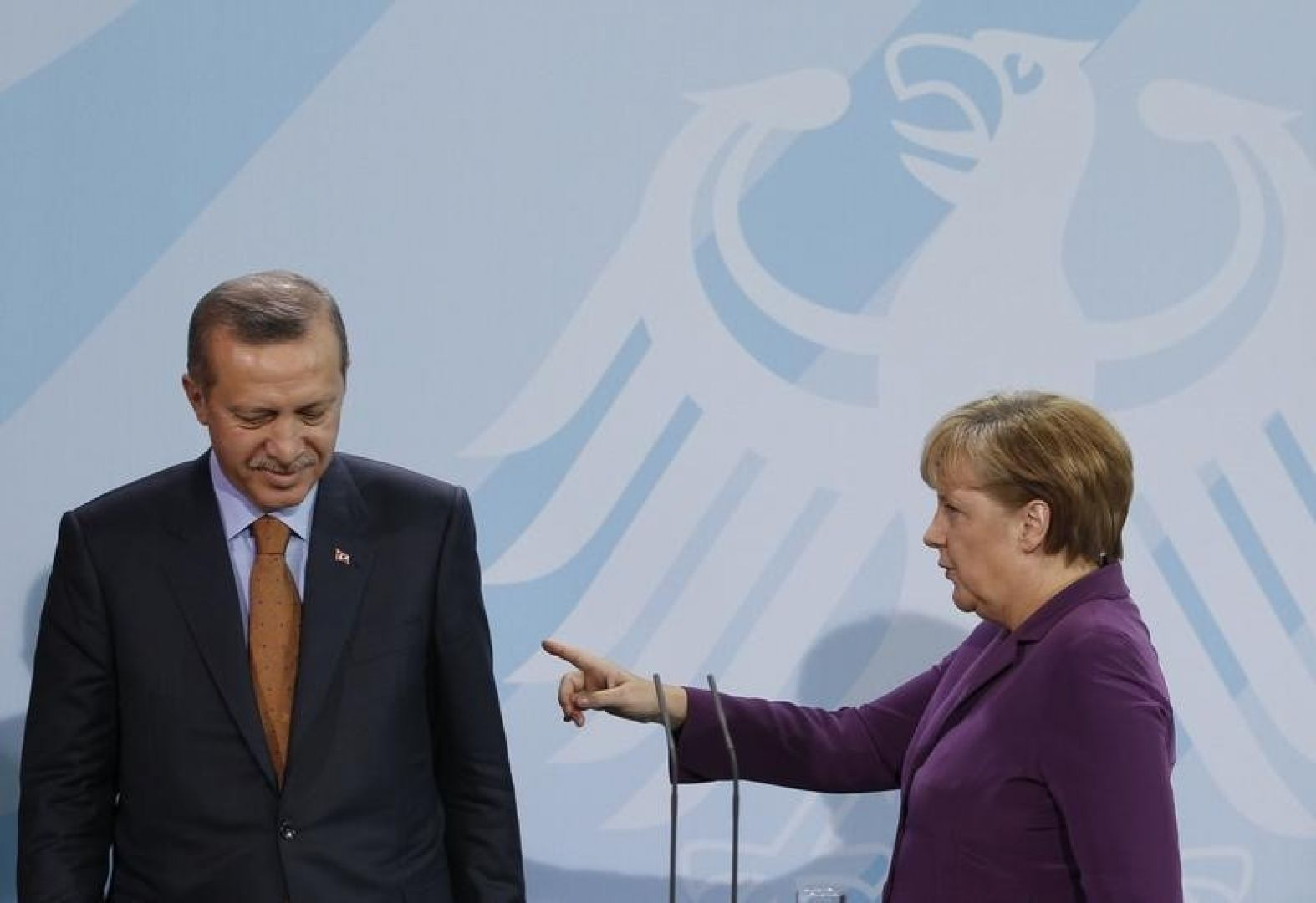 Merkel wants to end Turkey EU membership talks