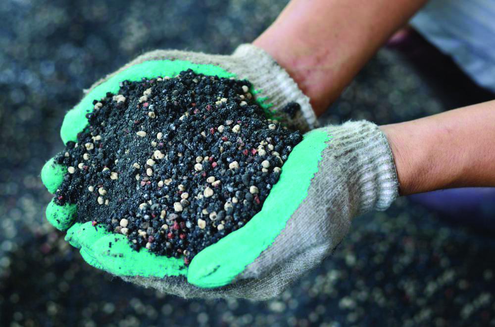 iran exports 43m tons of nitrogen fertilizers pa
