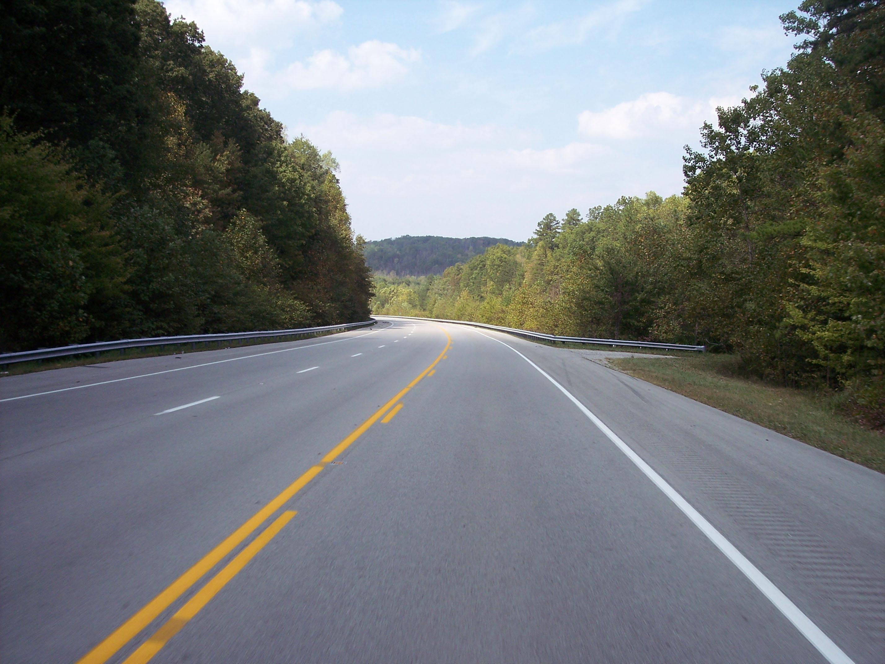 Portland Cement Roads : Cement replaces bitumen in major highway project