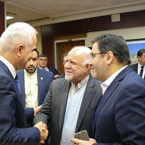 Tehran, Baku Hopeful of Expanding Oil, Gas Ties
