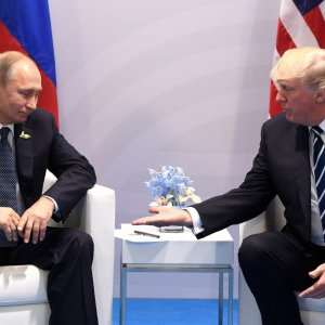 Kremlin Denies Reports Possible Iran Exit From Syria Will Top Talks With Trump