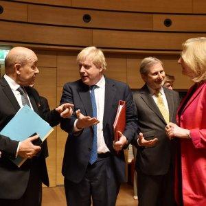 EU  Avoids Imposing  New Sanctions