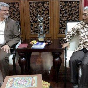 Iran, Indonesia Discuss Closer Relations