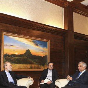 Sri Lanka PM Calls for Expansive Private Sector Ties