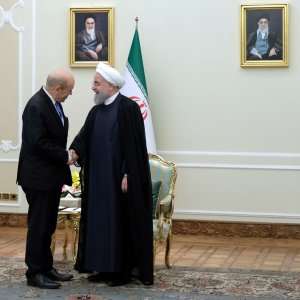 """France to Continue """"Firm"""", """"Frank"""" Dialogue With Iran"""