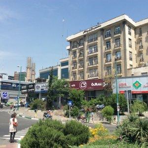 Iranian Banks Downsizing Branches