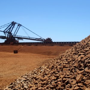 Iron Ore Exports Down 33% in April