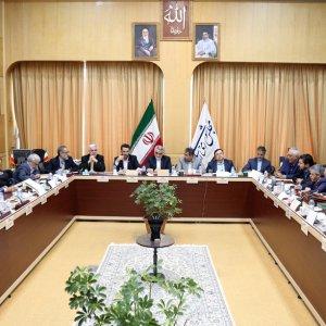 Mohammad Javad Azari-Jahromi met members of Majlis national security and economic commissions on Monday.
