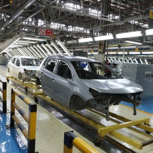 Auto Industry in a Shambles