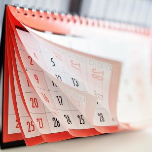 Fridays and public holidays added together are fewer than the total days off in case of a two-day weekend