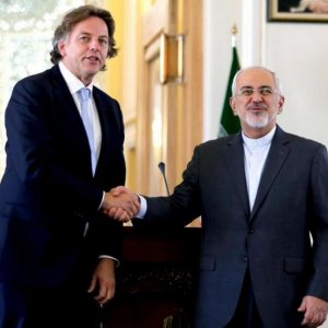 Netherlands to Help Mend Tehran-EU Ties