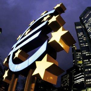 Greek Central Bank Seeks ECB Help