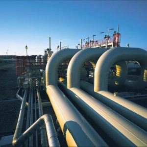Pakistan to Build LNG Terminal, Gas Pipeline