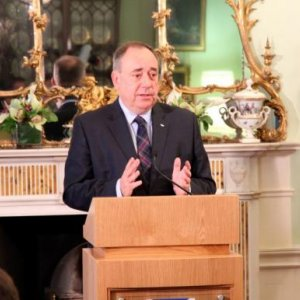 Scots 'tricked out of independence'