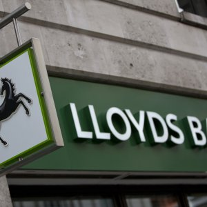 Shares of 5 Big UK Banks Up by $14b