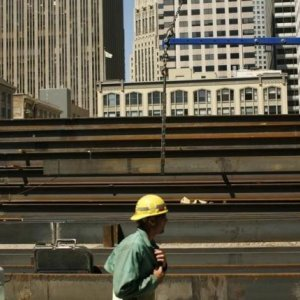 US Construction Spending Rises to 7-Year High