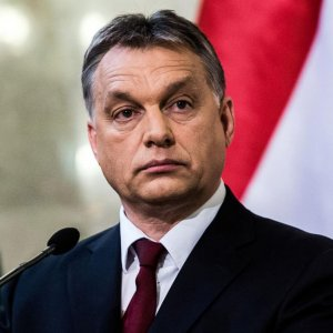 Hungary PM Due in Tehran