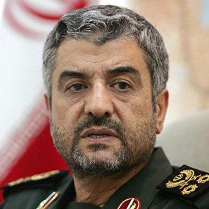 IRGC Throws Weight Behind Negotiating Team