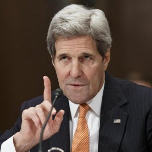 Kerry Takes Swipe at Critics of Iran Talks
