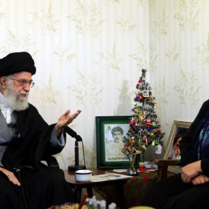 Leader Visits Assyrian Martyr's Family