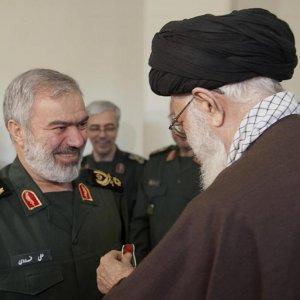 Leader Honors IRGC Commanders