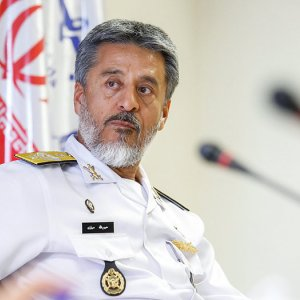 Sayyari in China to Discuss Defense Ties