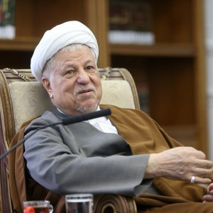 Rafsanjani Meets 7 Political Party Leaders