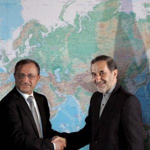 Leader's Advisor Meets Syrian Minister