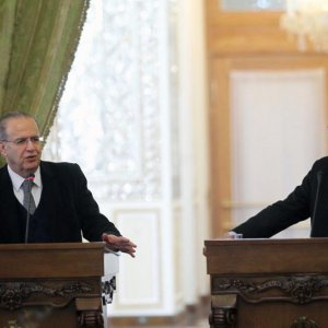 Zarif-Kerry Meeting to Focus on Nuclear Issue