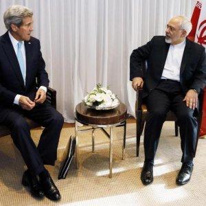 Zarif, Kerry Meet as  Nuclear Talks Intensify