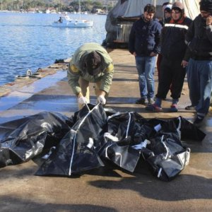 42 Drown in Shipwrecks off Greece