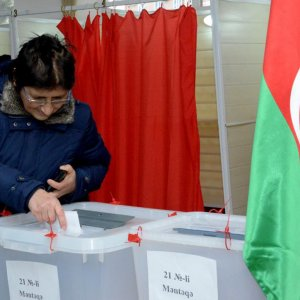 Azerbaijan Ruling Party Wins Election