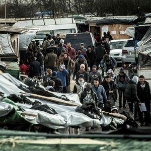 "France Orders Expulsion From Calais ""Jungle"""
