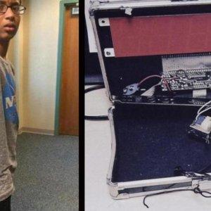 """""""Clock Boy"""" Seeks $15m From City, School"""