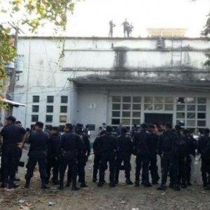 Rival Gangs Clash in Guatemalan Prison