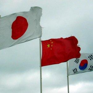 Three-Way Summit to Help Mend Ties