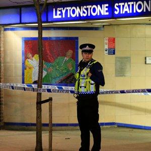 Man Knifed in London Metro
