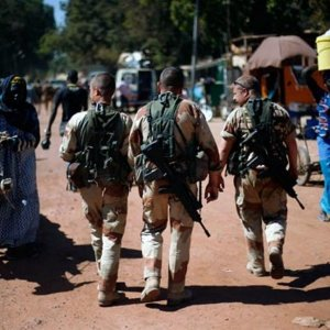 """French Forces """"Neutralize"""" 10 Militants in Mali"""