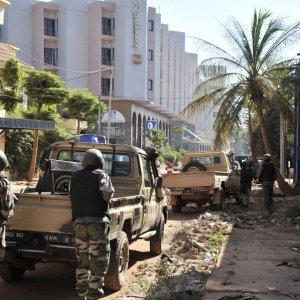 Dozens Killed in Mali Hotel Attack