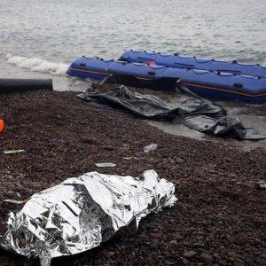 10 Migrants Drown Off Greek Island