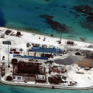 US Open to Patrols With Philippines  in South China Sea