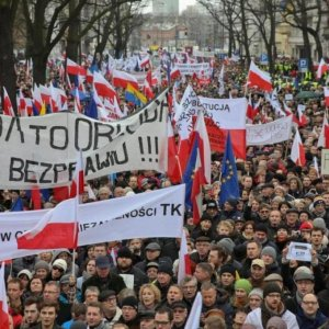 Thousands Join Pro-Democracy  Demonstrations in Poland
