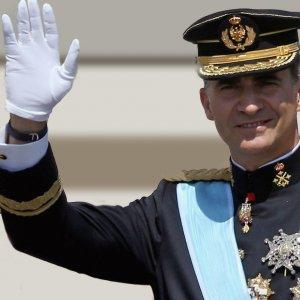 Spanish King Calls for Nat'l Unity