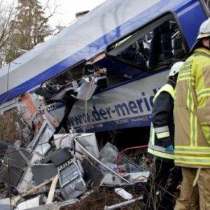 Nine Dead, 108 Injured in Bavarian Train Crash