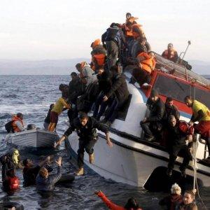 11 Migrants Drown Off Greece