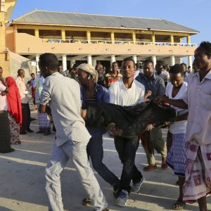 20 Killed as Somali Forces End Siege