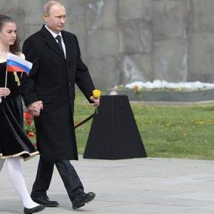 Armenia Marks Centenary of Mass killings