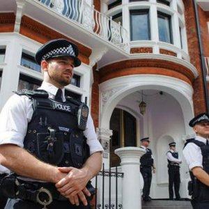 """Covert Tactics"" Replace Assange Patrol"