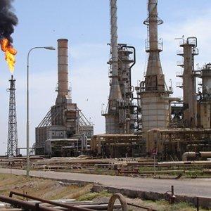 17 Killed Near Baiji Refinery in Iraq